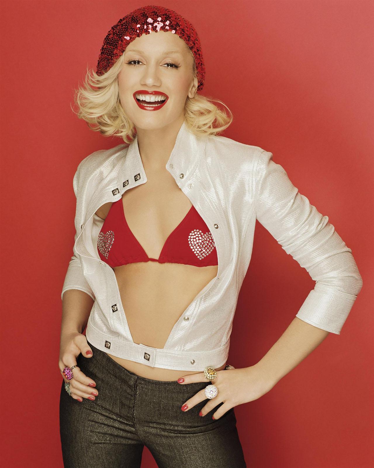 Gwen Stefani NUE - Starsapoilcom - People et stars nues